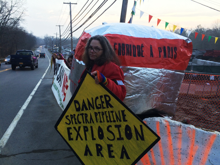 Inflatable Blockade of tracked gas pipeline in Wetschester, New York. 11.12.2015.